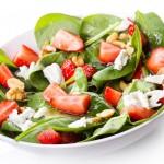 Salade de fraises aux pousses d'épinards